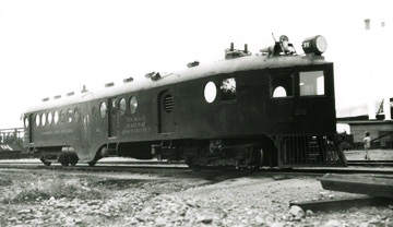 Photo of McKeen car in 1935